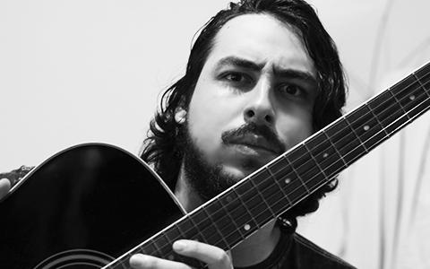 Luca Vila Nova - Designer Gráfico